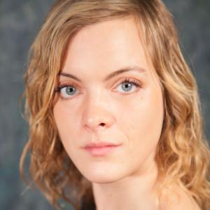 Anne Giver Pedersen skuespiller elever på Skuespillerskolen Ophelia 2016-2019