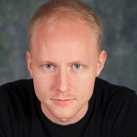 Mathias Hjørnholdt elev på Skuespillerskolen Ophelia 2016-2019