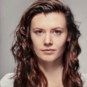 Rikke Soelberg Toft elev på Skuespillerskolen Ophelia 2015-2018