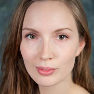 Simone Vinzents elev på Skuespillerskolen Ophelia 2016-2019